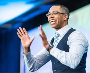 The founder of 12 Minute Affiliate system Devon Brown